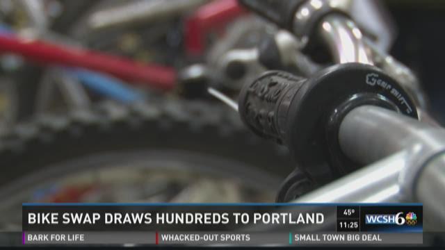 Bike swap draws hundreds to Portland