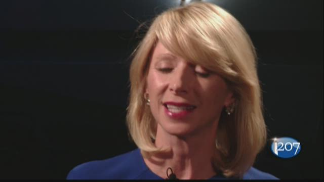 Amy Cuddy says standing like Wonder Woman really helps